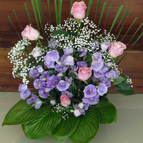 Кошница с рози - Романтика
