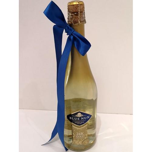 Пенливо вино Blue Nun Gold Edition с 24 К злато